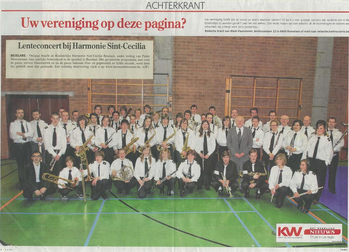 Groepsfoto uit Het Wekelijks Nieuws